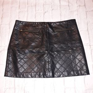 Tinley Road Quilted Faux Leather Lined Mini Skirt